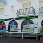 AZTARNA-ENSEIGNE-LUMINEUSE-LED-POINT-PAR-POINT-PHARMACIE-SOCOA-SAINT-CIBOURE